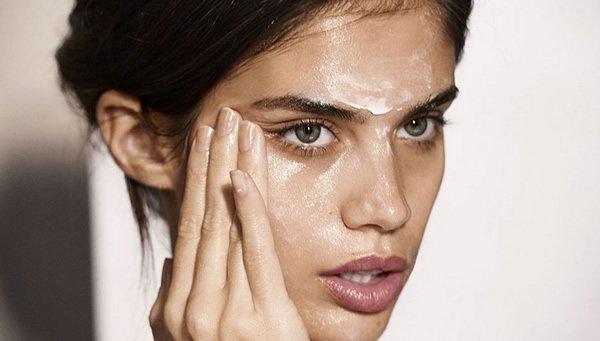 Veja como se livrar das manchas de pele durante o inverno